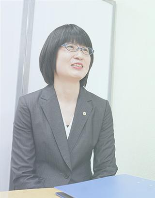 社会保険労務士 浅倉 香織